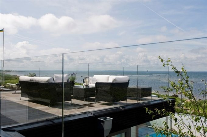 Top Terrace Overlooking The Strait With Black Outdoor Sofa