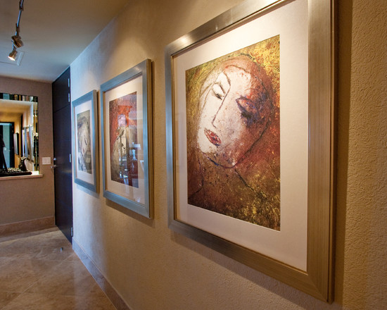 Beautiful Paintings In Wall Using Picture Rail Lighting
