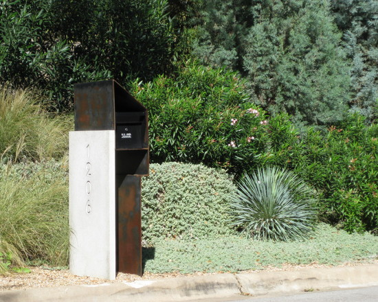 Contemporary Landscape Wit Steel Mounted Mailbox With Painted Numbers And Bush Garden Also Street