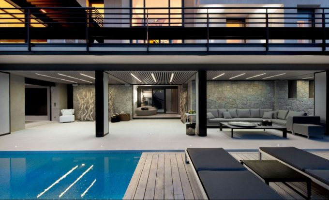 Cool Sidepool Area With Bench And Open Terrace Design