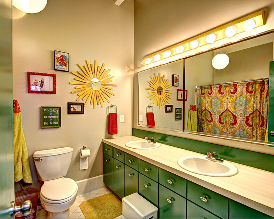 Kid's Bathroom Design With Inexpensive Bathroom Remodeling Ideas Using Decorative Wall Accessories