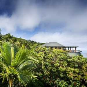 Magnificent Fijian Green Forest Relaxing Villa Design For Vacation