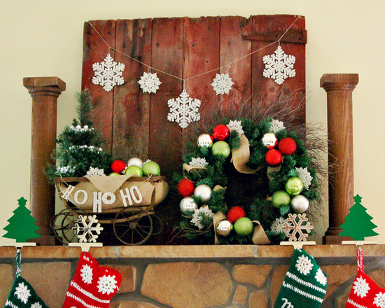Rustic Family Room With Pictures Of Mantels Decorated For Christmas And Christmas Wreath