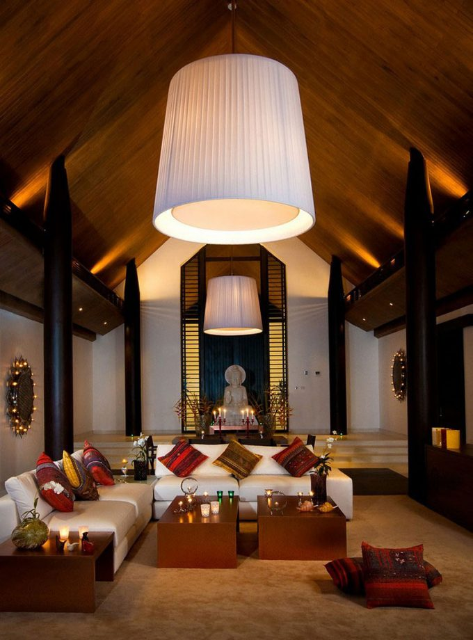 Wonderful Lounge Room With Big Pendant And Traditional Thai Decor