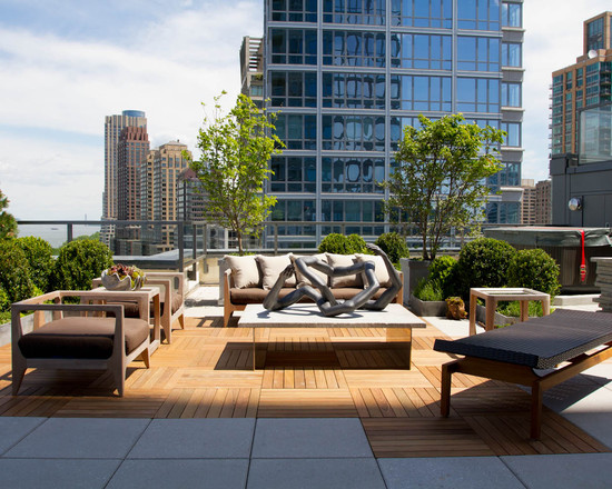 Wonderful Pallet Wood Floor And Outdoor Sofa For Modern Roof Top Designing