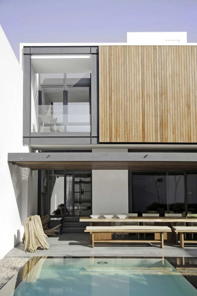 Airy Feel Casa RO Modern House Renovation In Guadalajara With Two Storey House Design Completed With Cool Swimming Pool