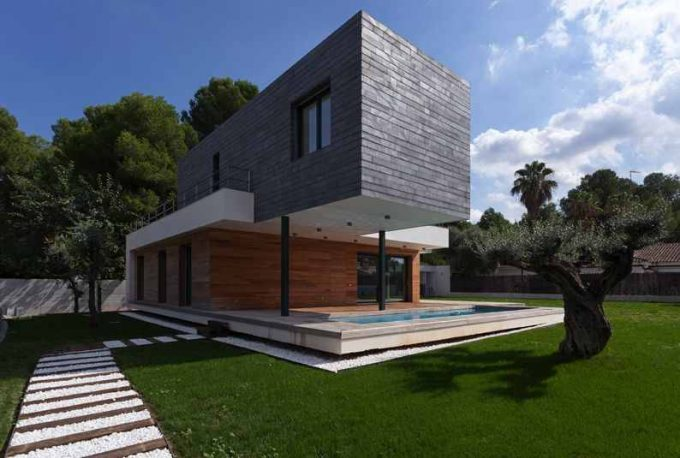 Beautiful Contemporary House Idea With Two Story Style Also Wooden Exterior With Open Landscpae