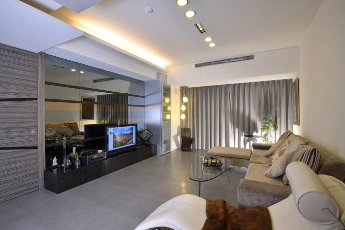 Beautiful Living Room Design With White And Grey Color Combination Also Modern Furniture