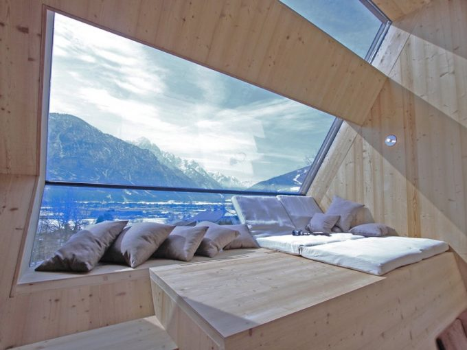 Lounge Space With Bay Window Design Also Cool Mountains View