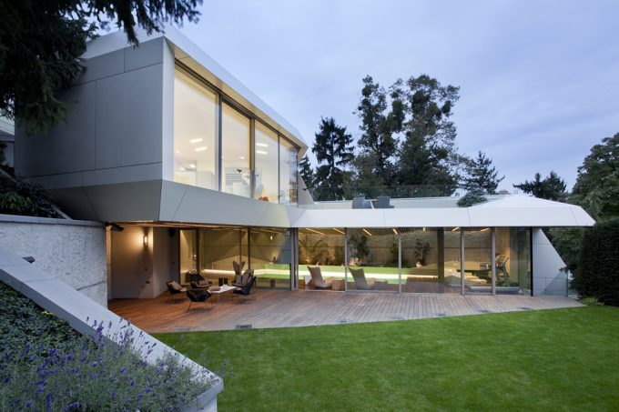 Peaceful Terrace And Green Area Also Modern Architecture Exterior