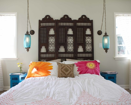 Awesome Mediterranean Bedroom With Folding Wood Screen And White Bedding Also Moroccan Lamps