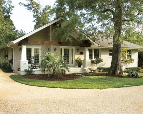 Decorative Ranch House Curb Appeal Design Ideas: Cozy Craftsman Exterior With Crushed Gravel And Simple Garden Also Ranch House Curb Appeal