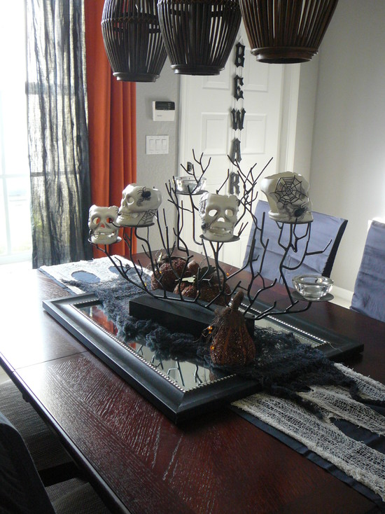 Eclectic Dining Room With Halloween Mirror Center Pieces And Wooden Dining Table Also Black Pendant Lamps