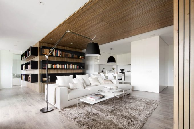 White Interior With Wooden Ceiling Decor And Breezy Interior Design Ideas