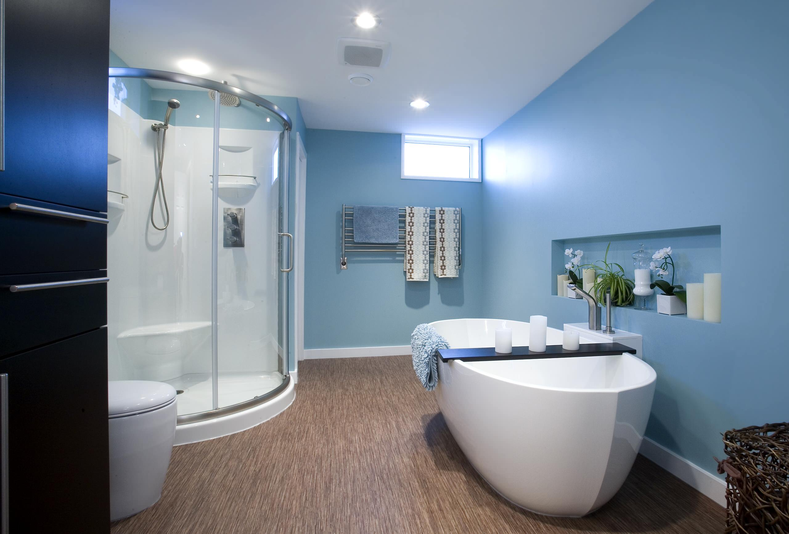 Bathroom: Marvellous Bathroom With Aquabrass And Free Standing Tub ...