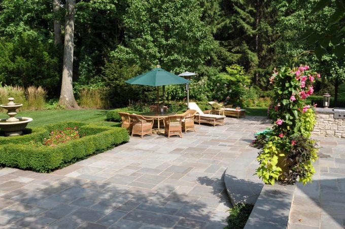 Traditional Landscape With Bluestone Pavers Plus Chaise Lounge And White Seat Cushion Also Umbrella With Wicker Furniture Plus Small Garden Design Ideas Also Garden Fountains