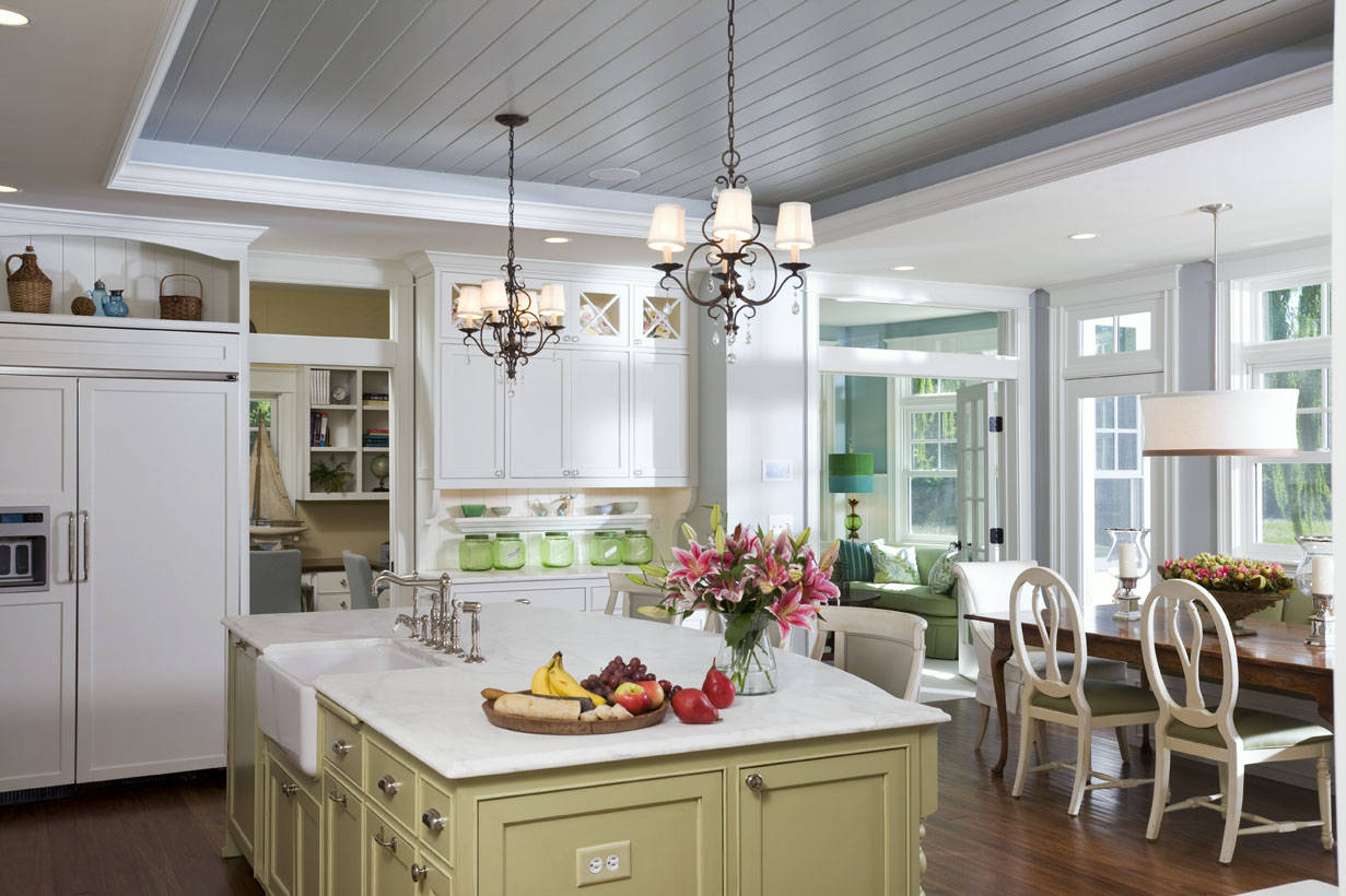 Tongue and groove kitchen cabinets - Apron Sink Also Breakfast Bar With Cabinet Front Refrigerator In Traditional Kitchen Plus Layout Chandelier Also