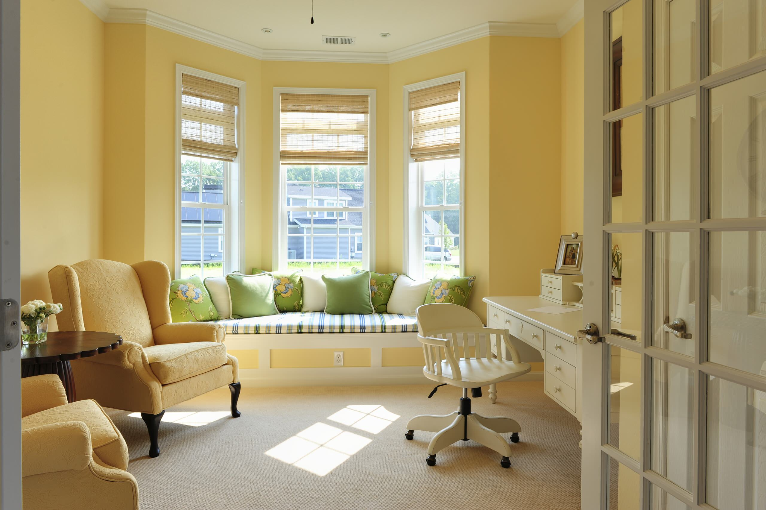 Exciting Bay Window Seat For Interior Home Design Berber Carpet With Mid Century Armchairs And
