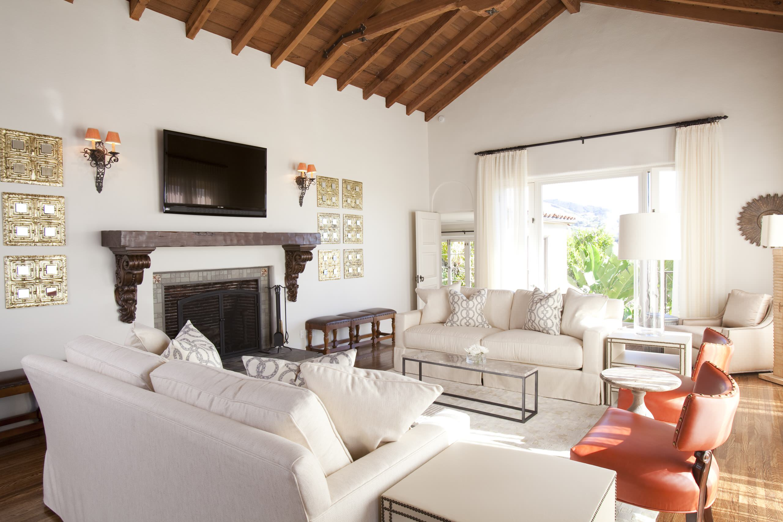 Decorating Cathedral Ceiling In Transitional Living Room